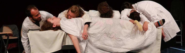 """Restitution - """"Jeux de massacre"""" - E.Ionesco- les élèves de 3e cycle COP le Théâtre de l'Iris et ENM de Villeurbanne stage dirigé par Agnès Larroque"""